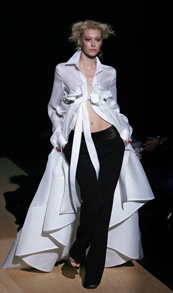 Proposta di collezione Primavera/estate 2006 di Gianfranco Ferrè, l'architetto della moda